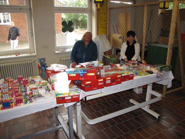 092 Flohmarkt in der Schule_Tombula